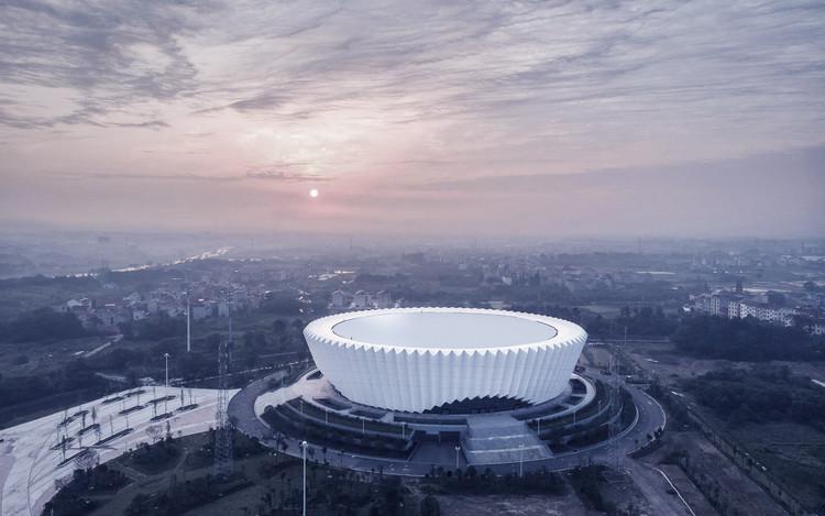 东阳市体育中心建筑设计